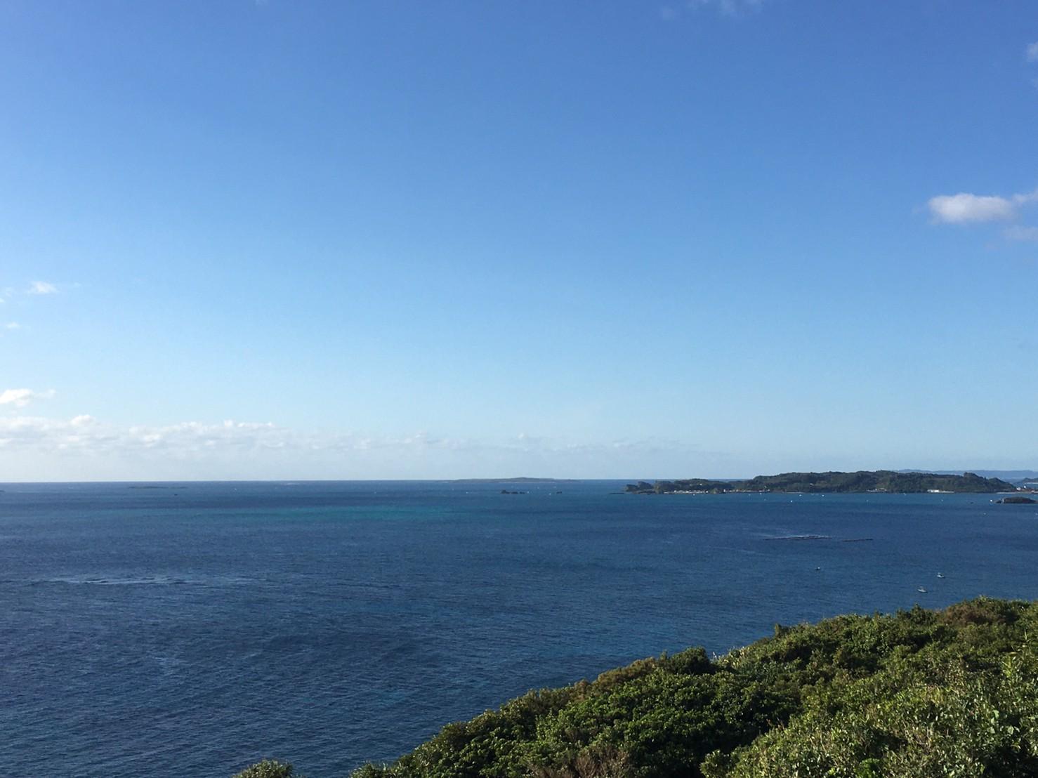 果報バンタの海