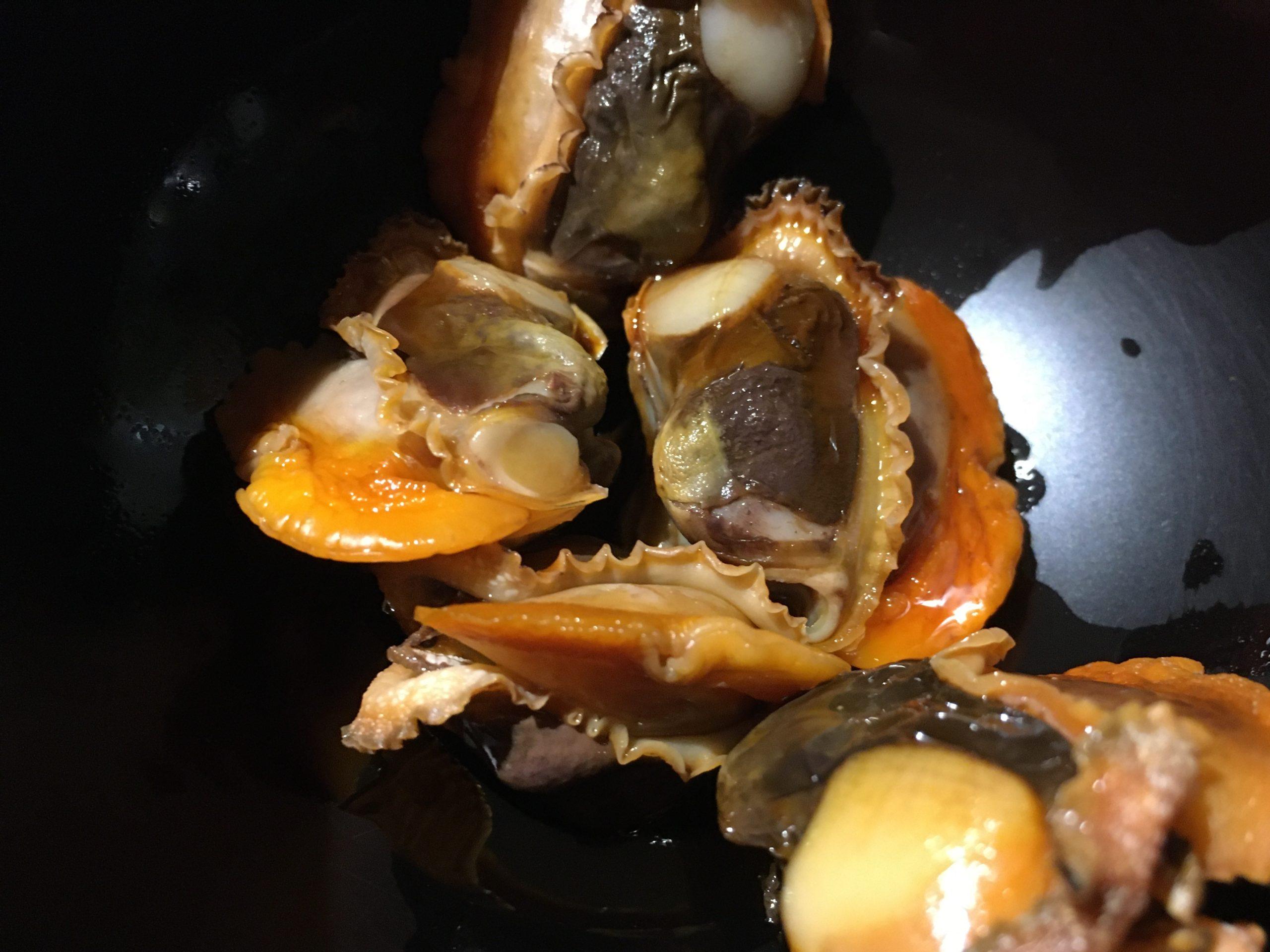 赤貝をわさび醬油で食べた